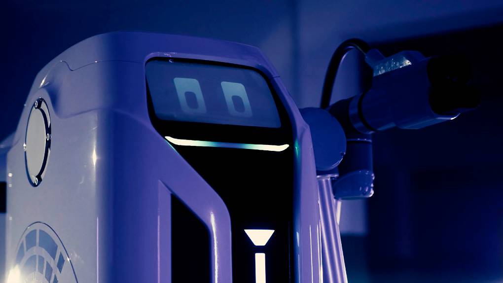 Volkswagen unveils the Mobile Charging Robot for EVs